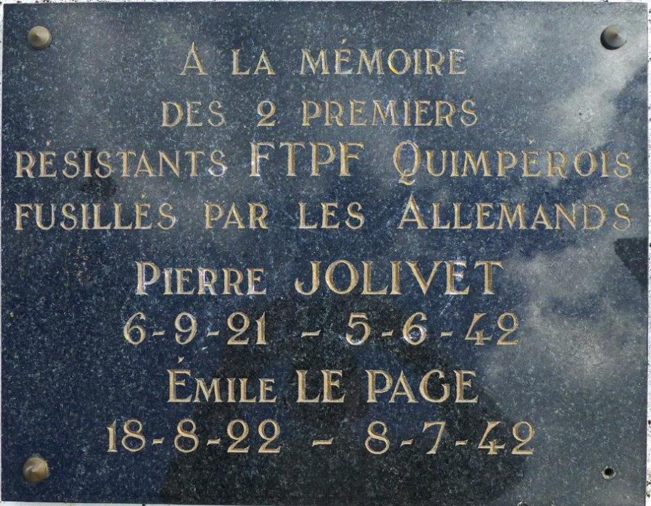 Il y a 75 ans, les deux premiers résistants fusillés à Quimper, deux jeunes postiers communistes